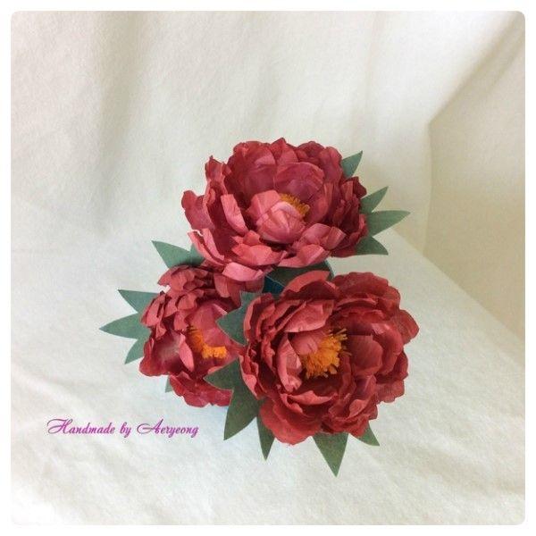 한지에 천연염색해서 만든 만행화 레드 Creation Art Flower of Korean Paper,Hanji Flower Crafts (Natural Dyeing)  http://blog.naver.com/koreapaperart               #조화공예 #종이꽃 #페이퍼플라워 #한지꽃 #아트플라워 #조화 #조화인테리어 #인테리어조화 #인테리어소품 #에바폼 #디퓨저 #주문제작 #수강문의 #광고소품 #촬영소품 #디스플레이 #artflower #koreanpaperart #hanjiflower #paperflowers #craft #paperart #handmade #만행화
