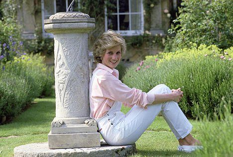 46 best princess diana hairstyle photos images on Diana princess of wales affairs