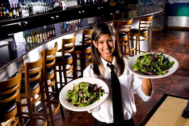 ROYAL RAVINTOLAT 2. artikkeli: Tiesitkö nämä tarjoilijan työn 10 salaisuutta? Julkaistu: 18.8.2014. Katso lisää: http://royalravintolat.fi
