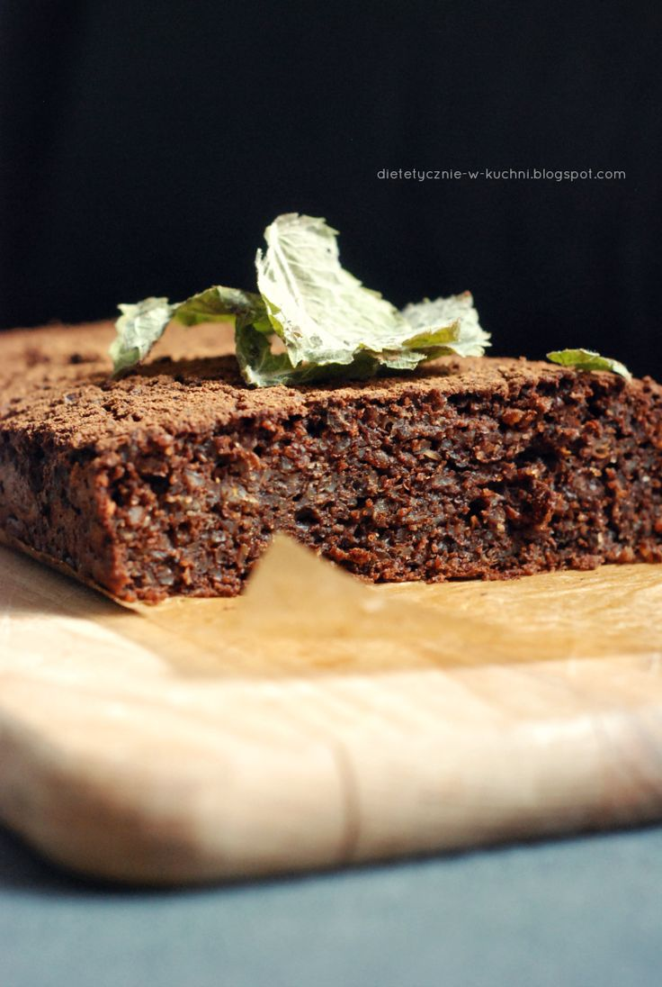 Moje Dietetyczne Fanaberie: Czekoladowo - miętowe ciasto gryczane