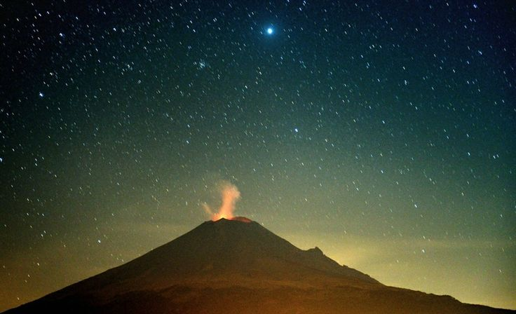 """Mexico's Popocatepetl volcano rumbles through a starry, starry night"" - MSNBC"