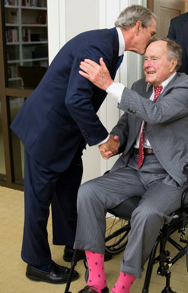 . George W Bush with dad- George H bush ~ Great Loving Family Thats what America is missing!!