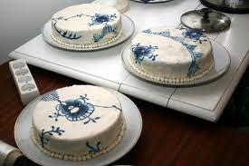 Royal Copenhagen inspired cake