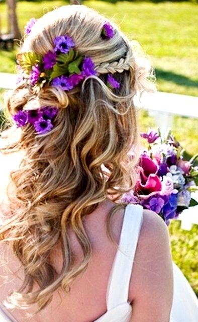 みーんな似合う愛されアレンジ♡ハーフアップでナチュラル上品な花嫁ヘアに♡にて紹介している画像