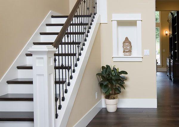 les 25 meilleures id es de la cat gorie escalier en bois peint sur pinterest coloration. Black Bedroom Furniture Sets. Home Design Ideas