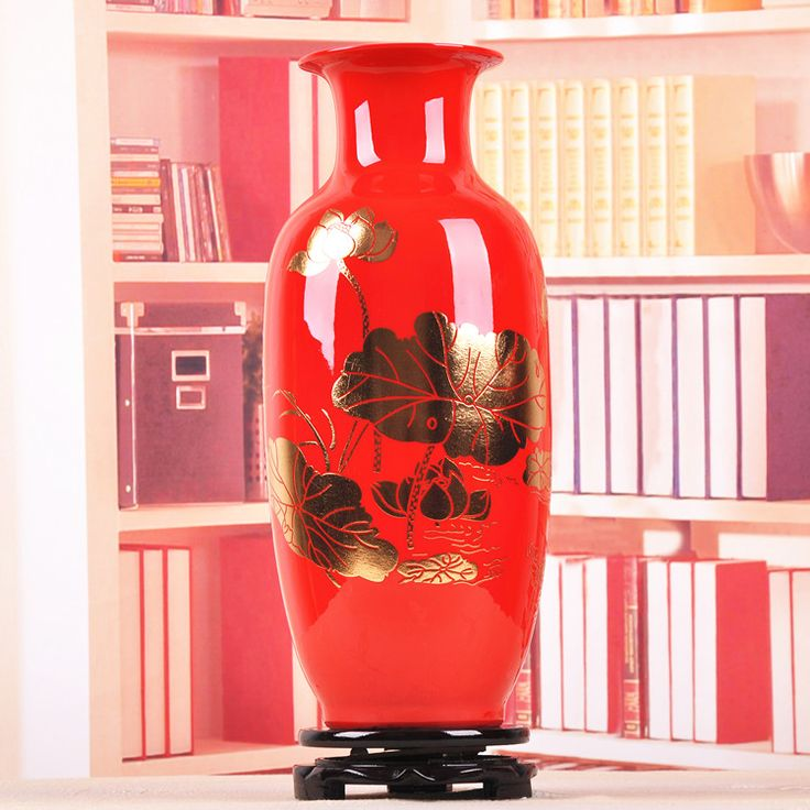 Jingdezhen ceramic vase Chinese red vase decoration wedding gift of peace and the living room decoration