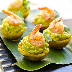 Mofonguitos de Camarones (Plantain cups with avocado & shrimp)