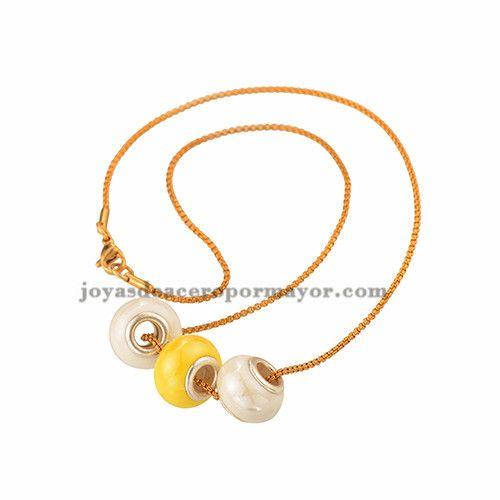 collar con nombre plata para mujeres de color dorado en acero