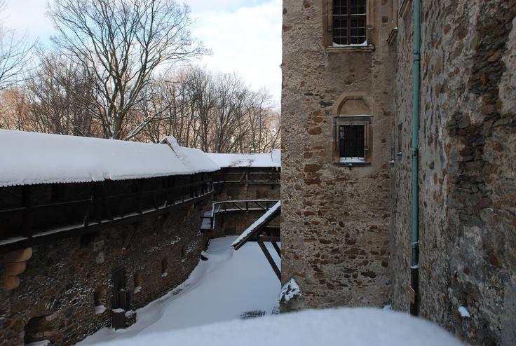 widok na dziedziniec dolny / view on the lower couryard