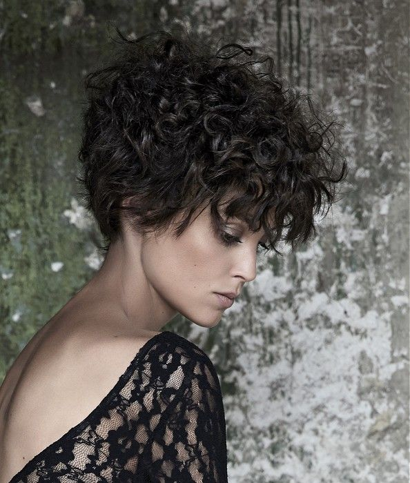 Maniatis Paris Medium Black Hairstyles