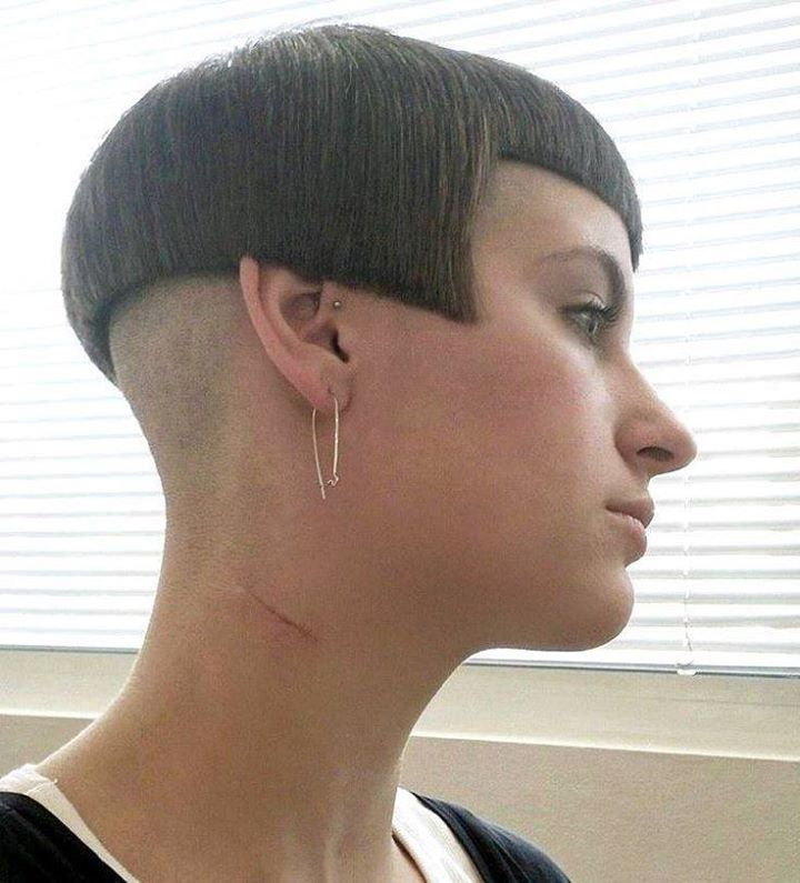 short shaved haircuts 17 best images about bobbed boi s on stylists 1487 | c137bbfe61401da02bcb2c5320f80642