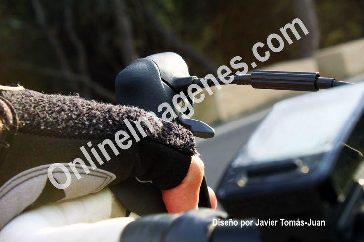 Compra imagen online para proporcionar consejos de seguridad en el ciclismo de carretera mediante estrategias de marketing de contenidos en páginas webs y redes sociales.