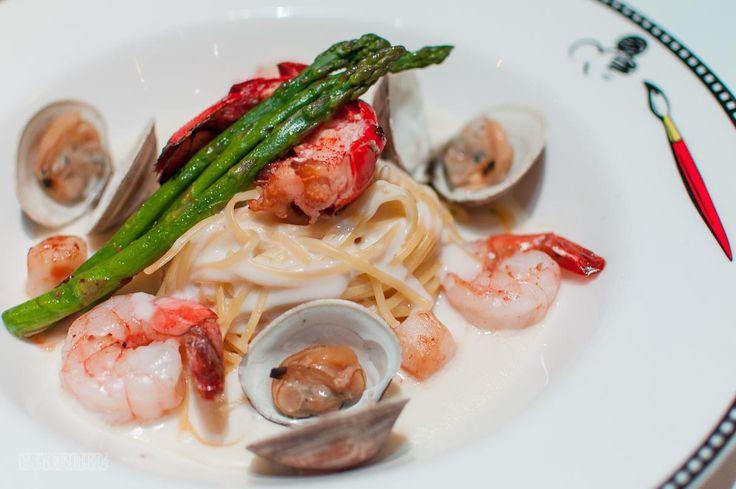 Seafood Linguini Pasta [1200x798]