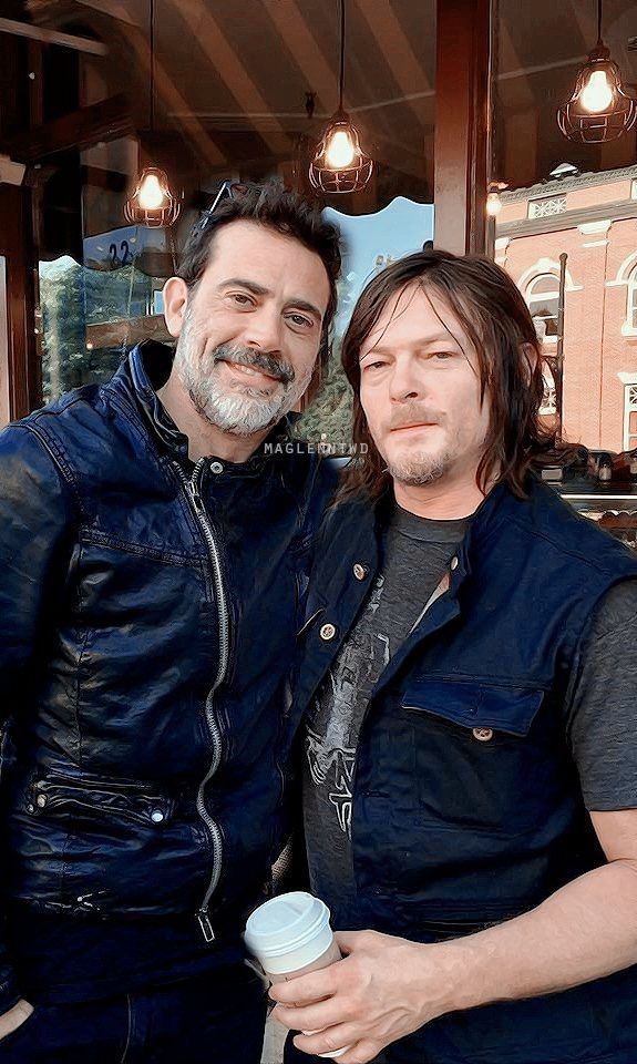 Is it just me, or does it look like some one has drawn on Jeffrey Dean Morgan's beard?