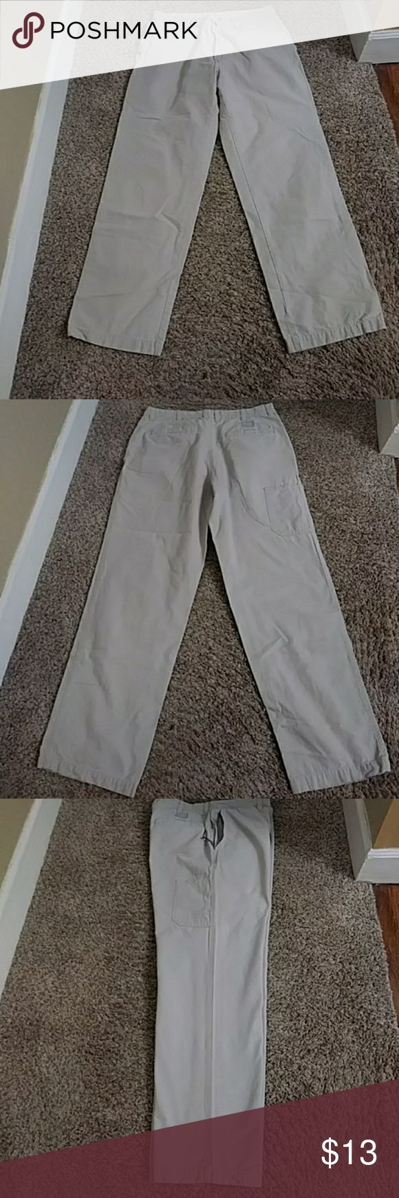 """Men's Khaki Pants By Columbia.  Cargo style.  Size 36""""waist and 34"""" length. In Great condition!! **BUNDLE FOR DISCOUNT SHIPPING!!** Columbia Pants Cargo"""