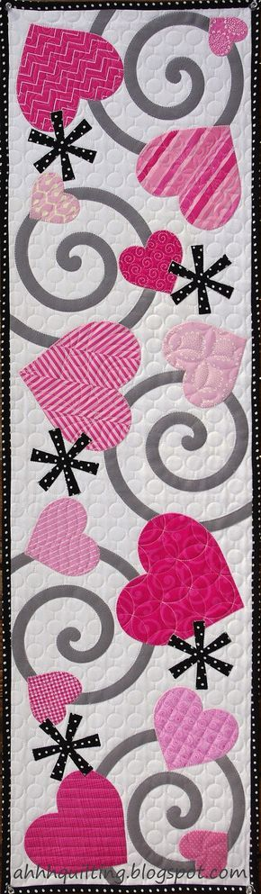 Valentine's Table Runner Quilt at Ahhh...Quilting