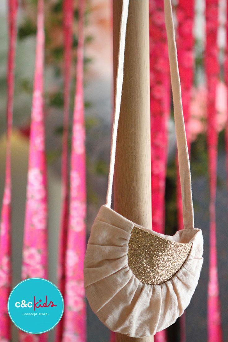 nice bag by mouché for www.cyckids.com