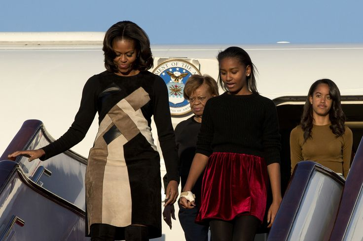 BEIJING, CHINA - MARCH 20: First Lady Michelle Obama with her mother Marian Robinson, daughters Sasha Obama and Malia Obama arrives at Beijing Capital International Airport on March 20, 2014 in Beijing, China. The first lady arrived in Beijing with her mother, Marian Robinson, and daughters to kick off a six-day tour where she will focus on education and cultural exchange. (Photo by Alexander F. Yuan - Pool /Getty Images) via @AOL_Lifestyle Read more…