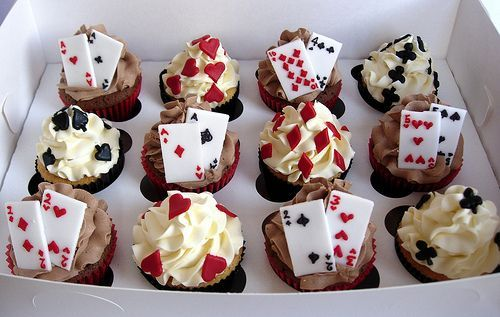 Great dessert to serve at my poker parties :O) ... if I baked or played poker!