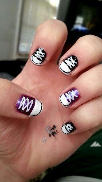 Cute comfortable converse nails!