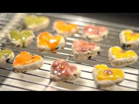 A how to video showing how you can make these quick and easy hamster cookies, suitable for all species of hamster including the diabetic prone Chinese hamster and the Hybrid dwarf hamster :) x
