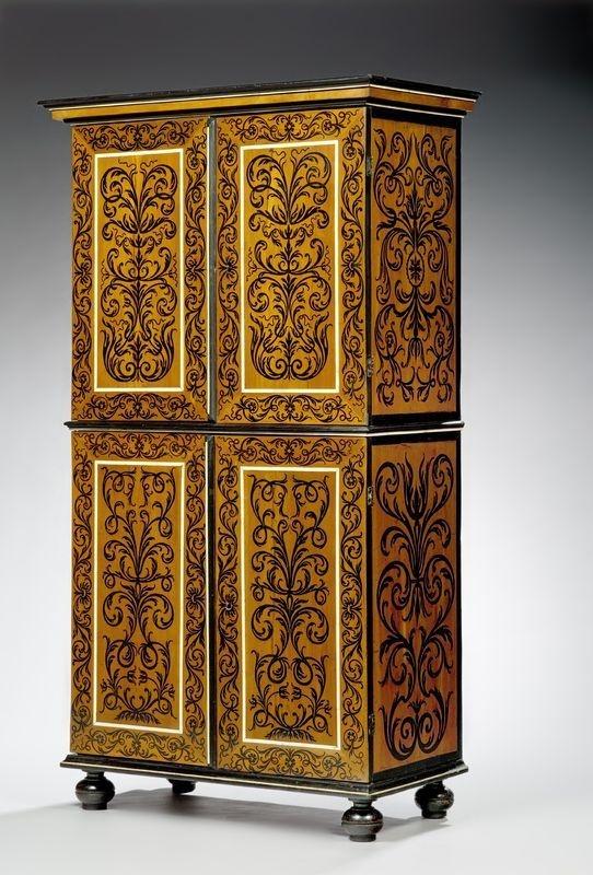 Pierre Gole(v. 1620-1685), reçu maître en 1651,Armoire en marqueterie d'ébène sur bois de sycomore.Epoque Louis XIV.PhotoChristian BARAJA
