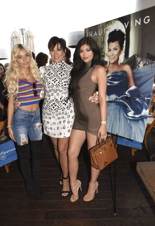 Kylie Jenner does family dinner in the most Kylie way
