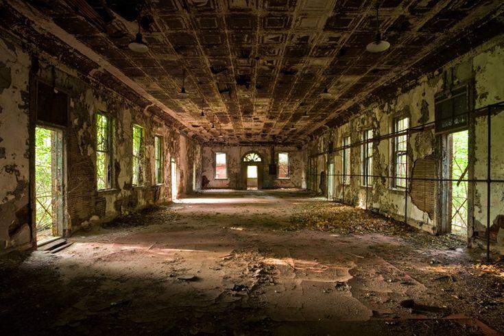 The Kingston Lounge: Hart Island lunatic asylum