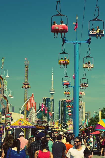 Canadian National Exhibition - Toronto - August every summer! ...this looks AWESOME.