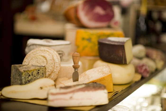 #Salumi e #formaggi tipici vero patrimonio della cucina Italiana. Li trovi all'Enoteca di Sant'Apollinare