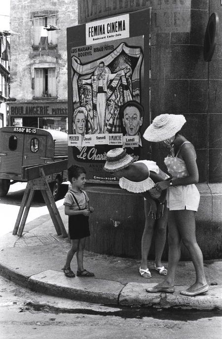 Arles France 1959  Photo: Henri Cartier-Bresson 60s 50s beach wear play suit shorts hat