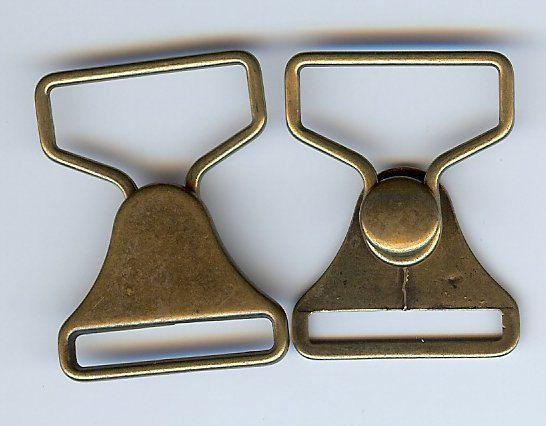 BC109 - 2 tute metalliche pezzo fermo chiusura fibbia in finitura ottone anticato