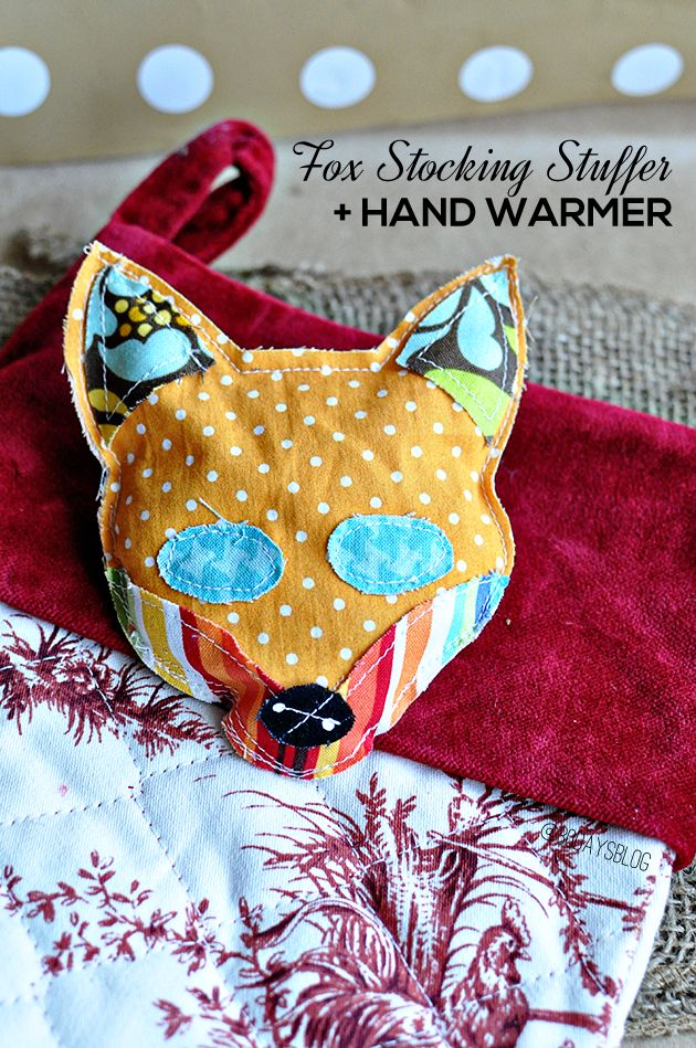 DIY Fox Stocking Stuffers + Hand Warmer - super easy beginner sewing project with printable template. www.thirtyhandmadedays.com