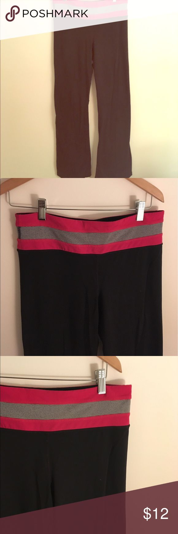 ⭐️Pink, Gray and Black Extra TALL Yoga Pants⭐️ ⭐️Pink, Gray and Black Extra TALL Yoga Pants⭐️ very Long! Excellent Condition! Size Medium. Small Pocket in the side to hold phone/iPod. Great for working out/doing yoga. All sales final. Next day shipping. 100% Spandex Pants Boot Cut & Flare