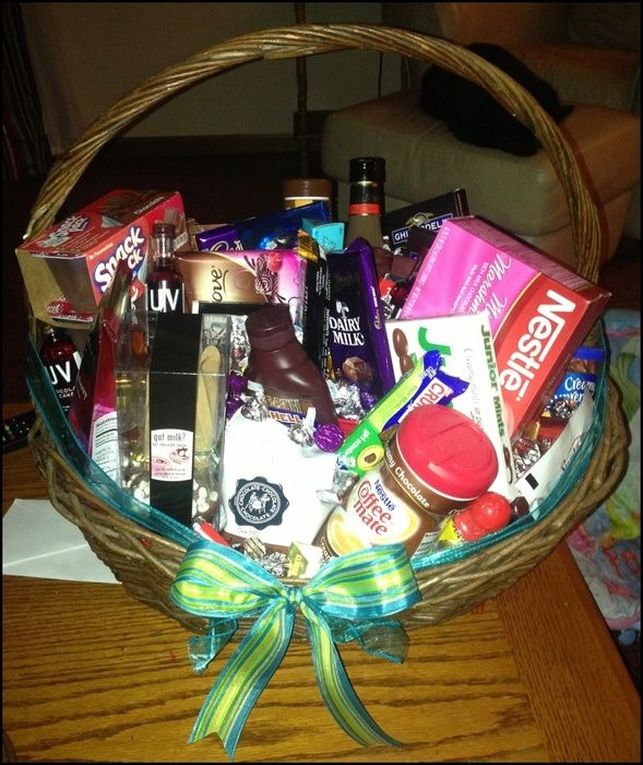 Auction item 'For All Chocoholics!!' hosted online at 32auctions.