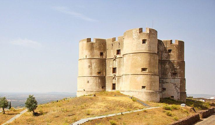 O mais estranho dos castelos de Portugal