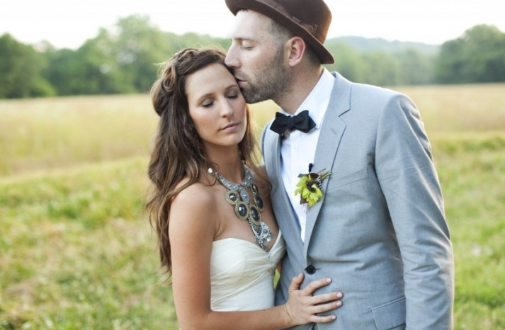 necklace: Wedding Hair, Statement Necklaces, Style, Wedding Ideas, Bow Ties, Dress, Bowties, Groom