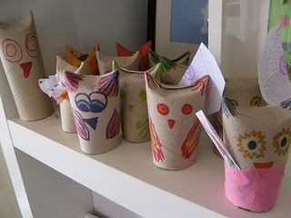 toilet roll owls: Rolls Owl, Paper Towels Rolls, Holidays Activities, Paper Towel Rolls, Rolls Art, Toilets Rolls, Pt Tp Rolls