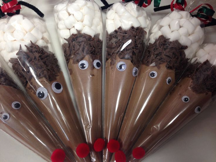 Reindeer snowman soup £1.50  www.thesweetcakefairy.co.uk
