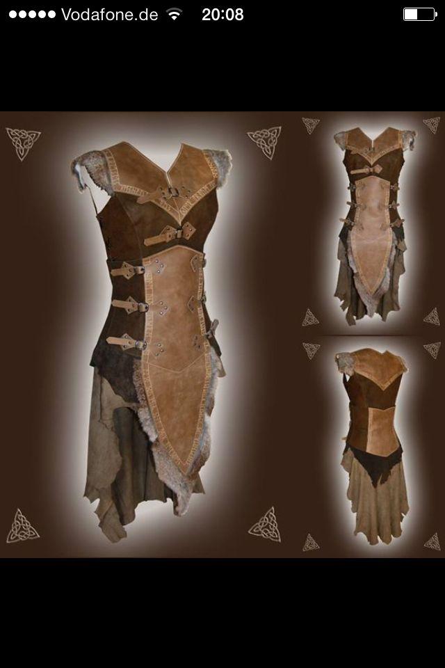 LARP female leather costume by http://larperlei.de