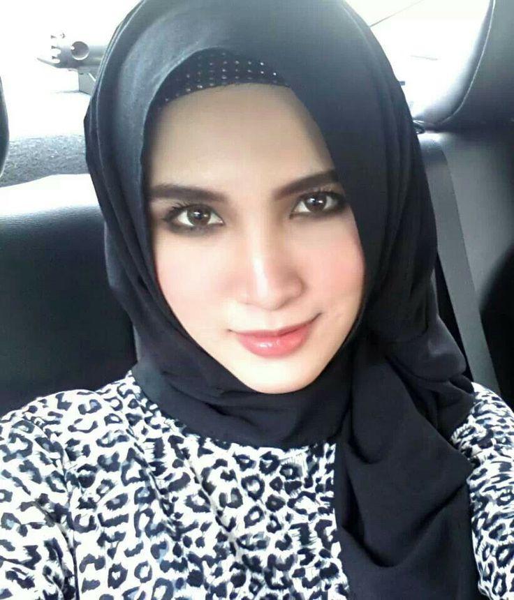 Eskorte pike muslim marriage