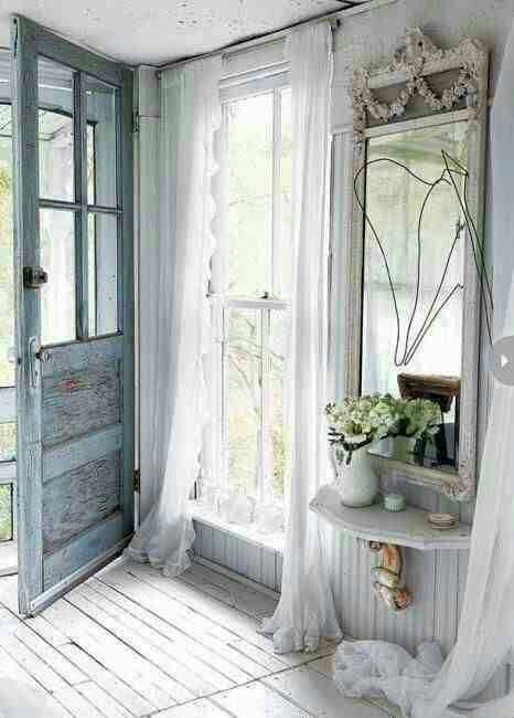 Shabby chic, everyone loves this one!