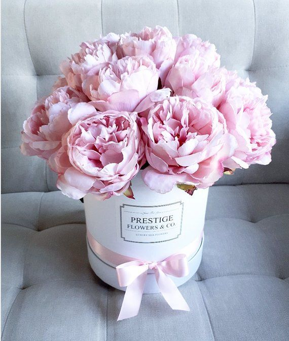Large Quality Flower Box Made Of 14 Open Silk Peonies In Light Pink And Finished W Artificial Flower Arrangements Flower Arrangements Faux Flower Arrangements