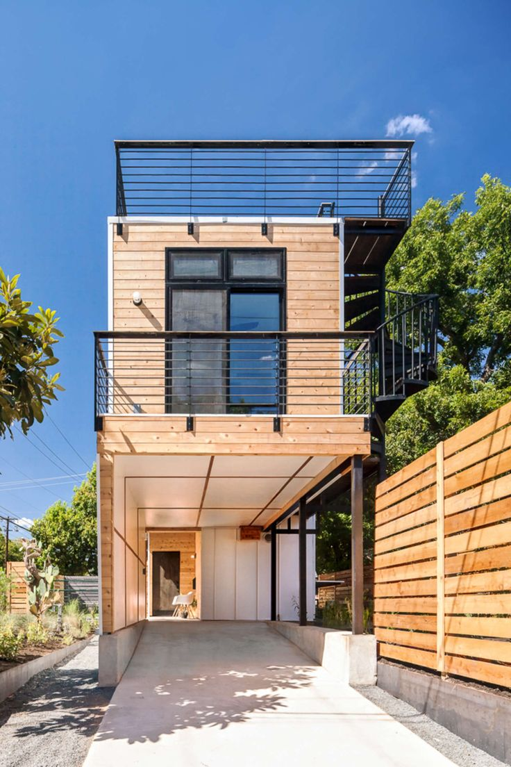 The Haskell Health House is an urban infill home with 850 sq ft of interior living space paired with 1,100 sq ft of landscaped living along downtown's hike a...