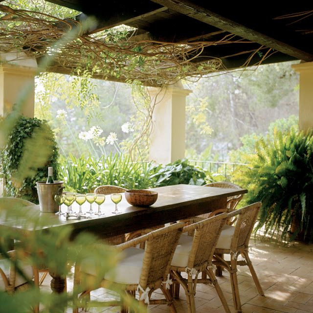 what a place to enjoy good food and wine: Outdoor Living, Terraces Gardens, Blue House, Gardens Dining, Media Room, House Gardens, Porches Patios, Outdoor Spaces, Dreams Gardens