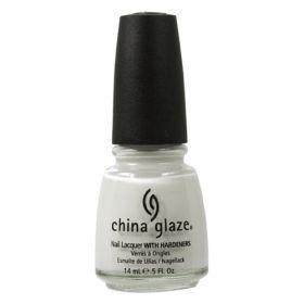 China Glaze Βερνίκι 023 White On White 14ml Η εταιρεία China Glaze είναι αφοσιωμένη στην δημιουργία υψηλής ποιότητας, επαγγελματικά προϊόντα για τα νύχια. Με χρώματα  που βρίσκονται στην αιχμή της μόδας και καλύπτουν όλες τις  ανάγκες τα βερνίκια μας περιέχουν το φυσικό σκληρυντικό China  Clay* που δίνει στην πορσελάνη την ανθεκτικότητα και την λάμψη  της. Όλα τα προϊόντα μας κατασκευάζονται στην Αμερική με τις  αυστηρότερες προδιαγραφές. Αναλυτικά στο www.femme-fatale.gr Τιμή €10.00