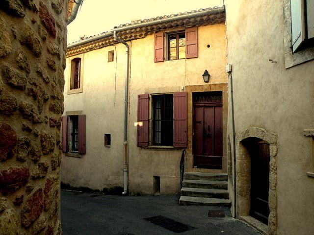 Maison d'Albert Camus à  LOURMARIN - A la recherche d'Albert Camus et d'Henri Bosco - le blog totems par : Christian VANCAU