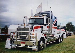 Kenworth T950, KW Expo 94 | Flickr - Photo Sharing!