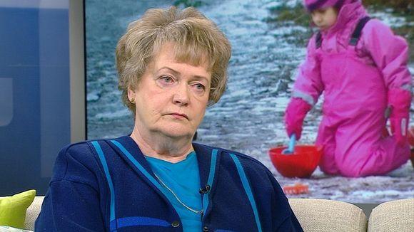 Professori: Alle 2-vuotias ei kypsä päiväkotiin  Liian varhainen päivähoito voi jättää lapseen pysyviä jälkiä, sanoo psykologian professori Liisa Keltikangas-Järvinen. Erityisesti stressinsietokyky on vaarassa vahingoittua. Eduskunta käsittelee välikysymystä kotihoidontuen leikkaamisesta iltapäivällä. Lue lisää!