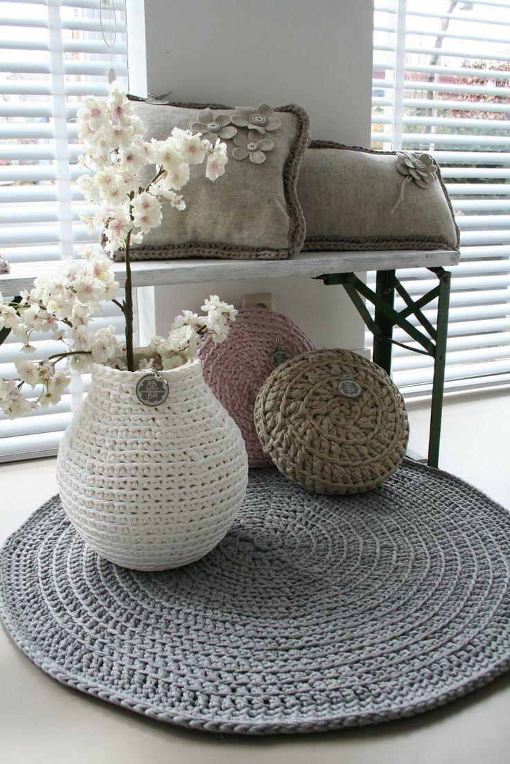 Tapete de Crochê (Barbante)  -  /    Crocheted Mat (Twine) -